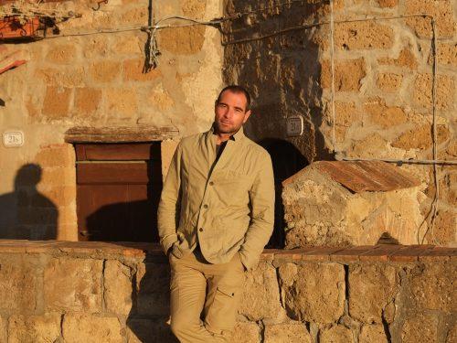 David Berti un creatore di ponti con libere parole.