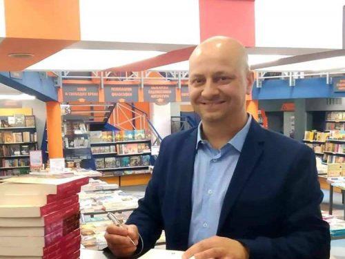 Lo scrittore Diego Galdino tra il successo internazionale e il bar di famiglia.